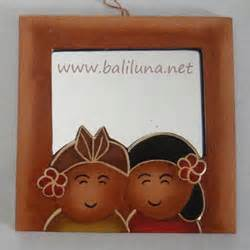 Kotak Tisu Minuman Merah souvenir pernikahan murah cermin 01 souvenir pernikahan