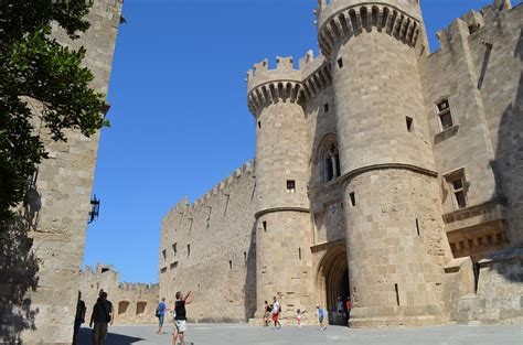 Images Of Beautiful Things by One Of The Best Preserved Medieval Towns In Europe Rhodes