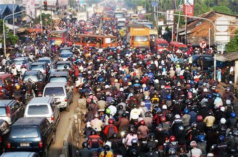 2 Di Ibox Jakarta kemacetan di jakarta reevy s