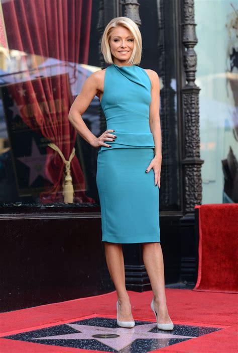 kelly rippa 2015 kelly ripa receives her star on the hollywood walk of