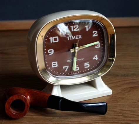 80 s timex indiglo clock