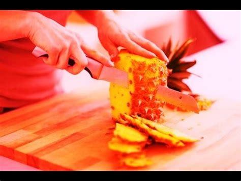 come presentare l ananas a tavola come tagliare l ananas a forma di anatra