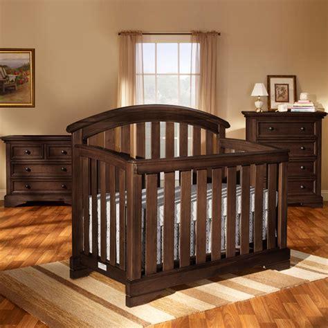Brookline Convertible Crib Brookline Convertible Crib