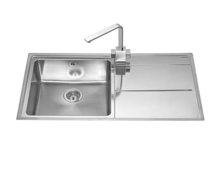 howdens kitchen sinks lamona dorney single bowl sink stainless steel kitchen