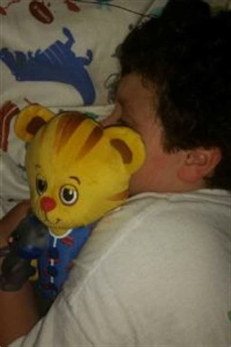 daniel tiger trolley bed come on kiddo time for bed parents play