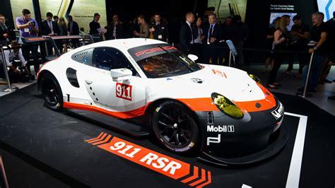 porsche rsr engine 2017 porsche 911 rsr le mans racer goes mid engine