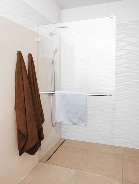 alleinstehende badewanne galerie begehbarer duschen ratgeber tipps saxoboard