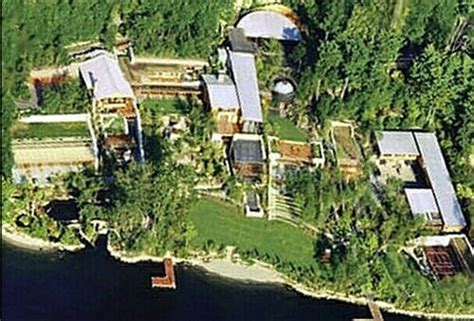 Bill Gates House Tour by 35 000 To Tour Bill Gates House Pursuitist