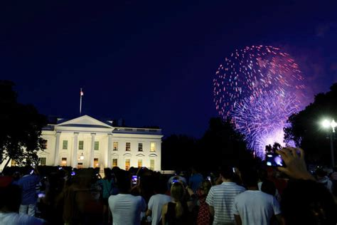 president obama celebrates his last fourth of july at the