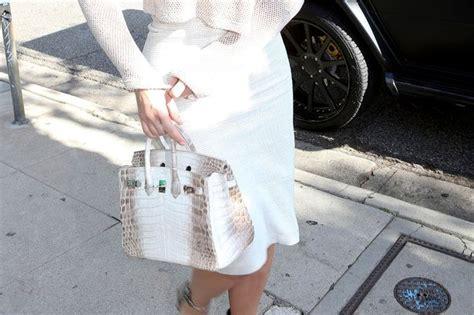 Detail Beckham Appleton 06bv677 1 singer bleona qereti shocks oscars after goers with dress breaking dress code at