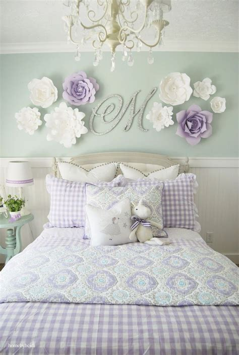 Flower Decorations For Bedroom by 25 Unique Wall Decor Ideas On Birthday