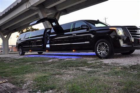 Limos In My Area by Limo Service Dallas Limo Service Dallas And