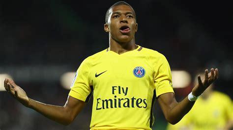 kylian mbappe debut kylian mbappe scores on debut neymar and edinson cavani