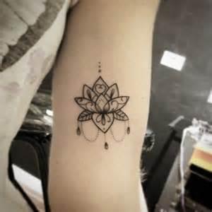 pics photos de flor de lotus ideias para tatuagens desenhos para 25 melhores ideias sobre tatuagem de l 243 tus no pinterest