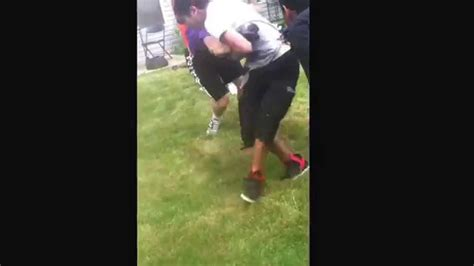 backyard fights youtube backyard fight white boy vs muslam black youtube gogo papa