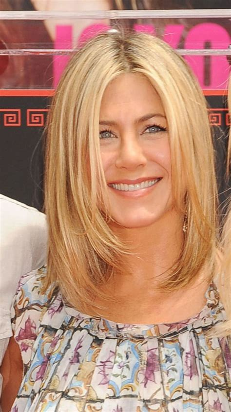 medium haircuts aniston the world s catalog of ideas