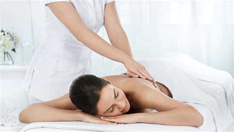 Detox Spa Weekend Uk by Spa Days In Surrey Spa Weekend Surrey Nutfield Priory