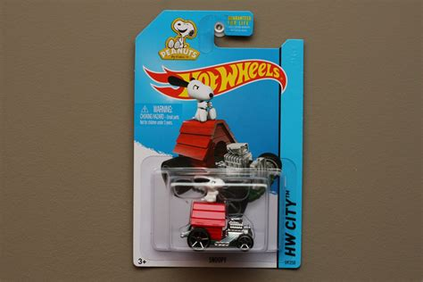 Wheels 2015 Snoopy wheels 2015 hw city snoopy peanuts see condition