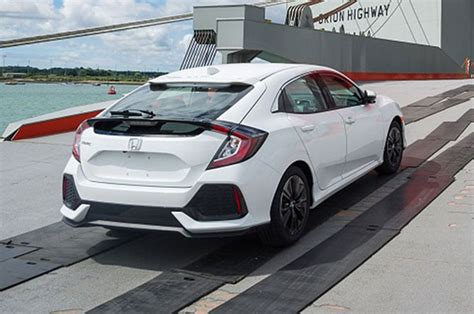 all honda civic hatchback models 2017 honda civic hatchback starts at 20 535 motor trend