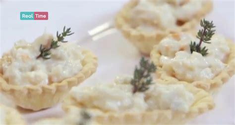 come si cucina l aragosta surgelata aragosta in barchetta una ricetta di benedetta parodi