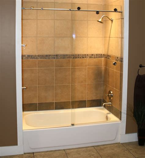glass bathtub enclosures frameless 65 best skyline series shower glass images on pinterest skyline bathtubs and shower cabin