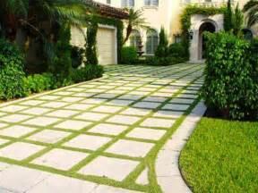 Cheap Garden Paving Ideas Cheap Driveway Ideas Ideas Inside Front Yard Landscaping With Driveway Ideas Breathtaking
