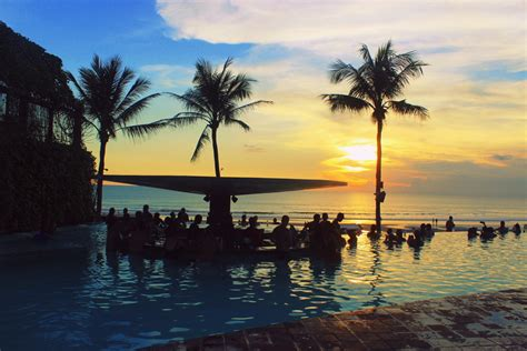 hottest  bali day clubs    visit including