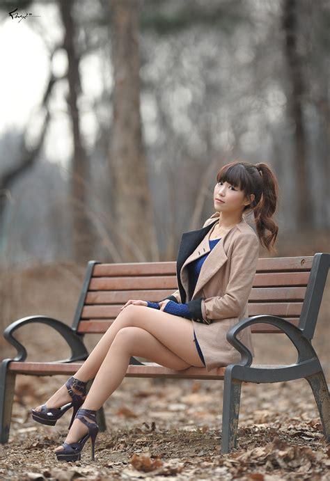 Cute Asian Girl Lee Eun Hye In Blue