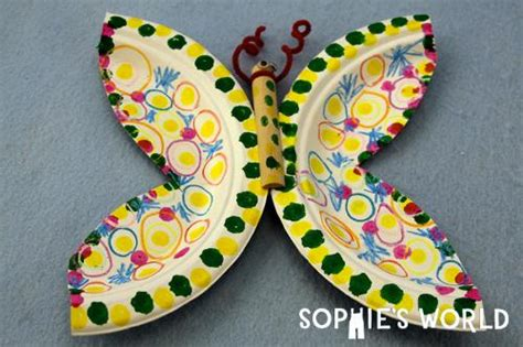 Butterfly Paper Plate Craft - how to make a paper plate butterfly