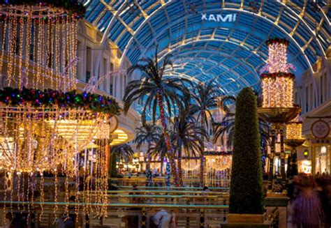 new year at the trafford centre 2016 black friday trafford centre opening times deals
