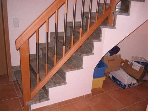aussentreppen geländer gel 228 nder auf betontreppe 2 215 45 176 gewendelt buche