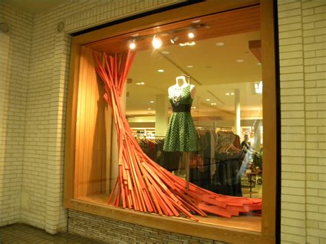 store windows anthropologie store window fashionwindows network