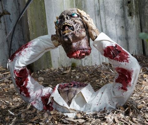 how to make scary decorations at home scary decorations how to make a creepy d 233 cor