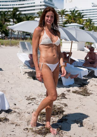 joelle carter bathing suit real housewives of nyc crackbillionair s blog page 3