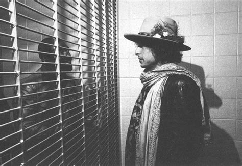 bob dylan faces jail after being charged with race hate crime rip rubin quot hurricane quot carter fightland