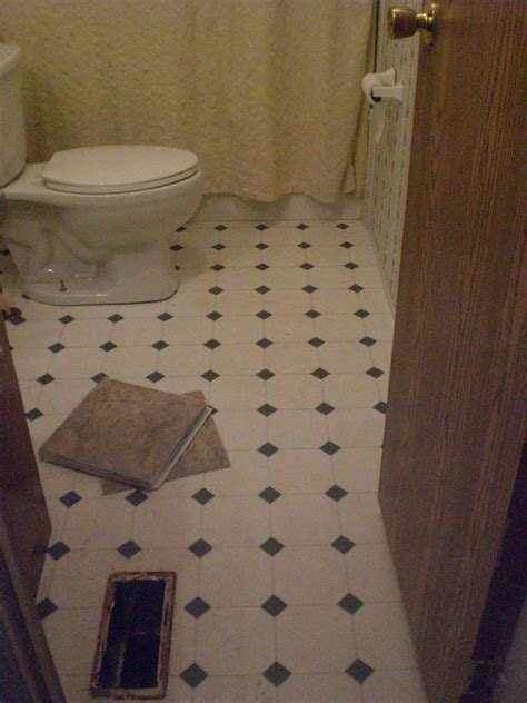floor lino bathroom quick bathroom floor re do queen of my trailer