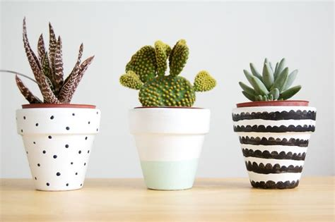 cute plants 15 diy painted plant pots can create your hobbies home