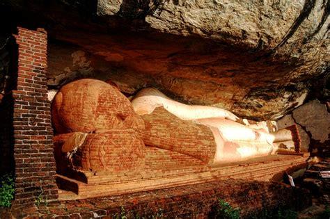 reclining buddha temple the most enchanting buddhist temples in sri lanka