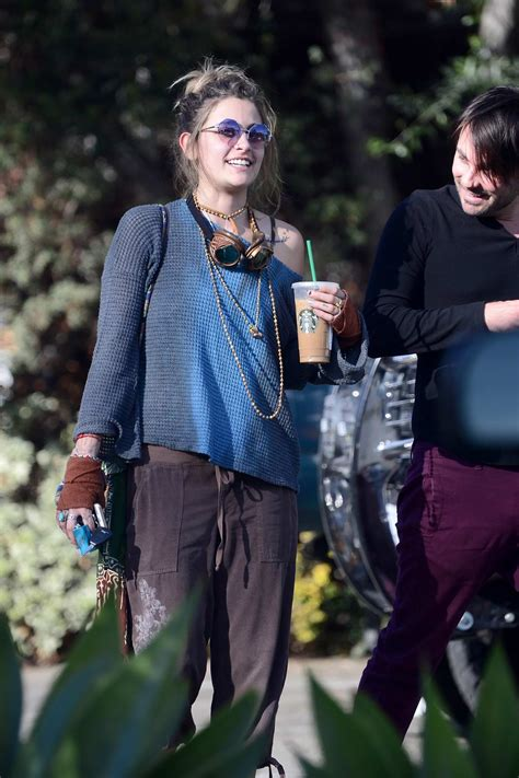 paris jackson jeep paris jackson takes her jeep to grab an iced coffee with a