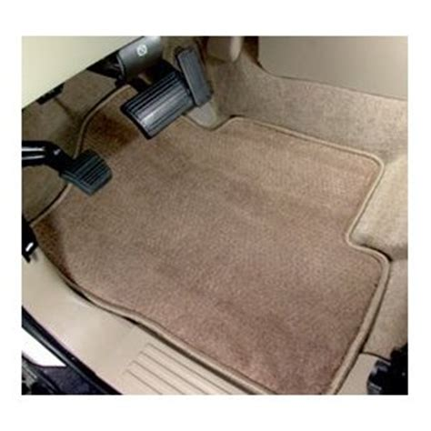 How To Clean Floor Mats by How To Maintain And Clean Plush Carpet Car Floor Mats