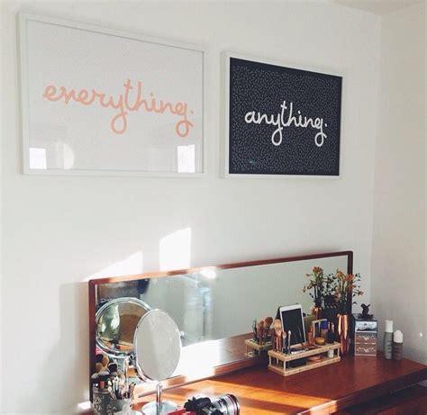 zoellas bedroom zoella s makeup desk love it zoella deco pinterest
