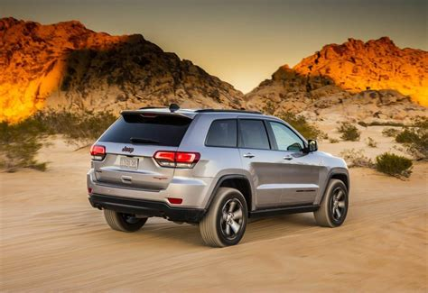jeep grand cherokee 2017 new 2017 jeep grand cherokee trailhawk joins lineup