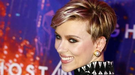 7 Great Johanssen Roles by Johansson Tells Howard The Roles