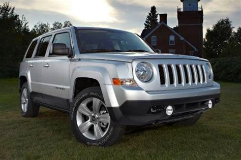 jeep patriot max tire size 2012 jeep patriot gas tank size specs view manufacturer
