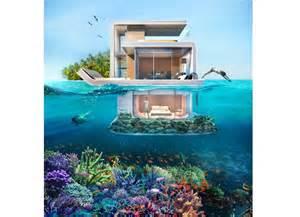 le floating seahorse la sous l eau du