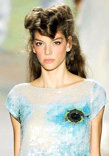 J011051931 Jepit Rambut Korea Hijau 8 tren rambut untuk 2012