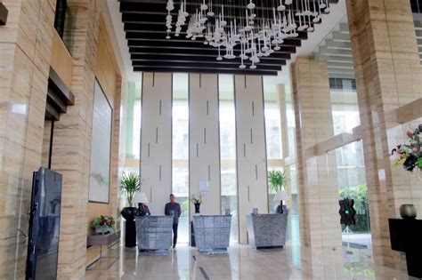 mengintip nuansa modern  hotel grand ambarrukmo