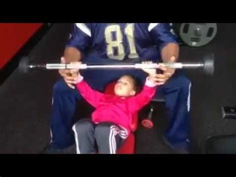 hulk bench little miss hulk bench press 3 years of age youtube