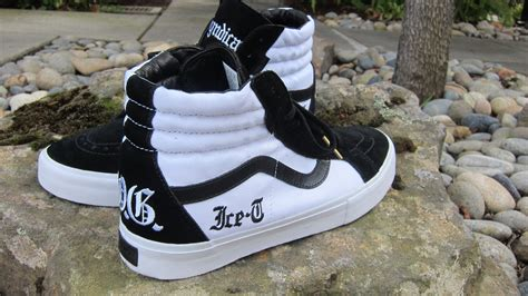 design white vans vans syndicate sk8 hi og ice t on feet youtube