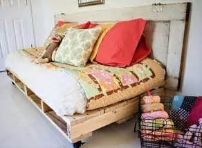 how to make a daybed how to make a pallet daybed from old pallets wooden